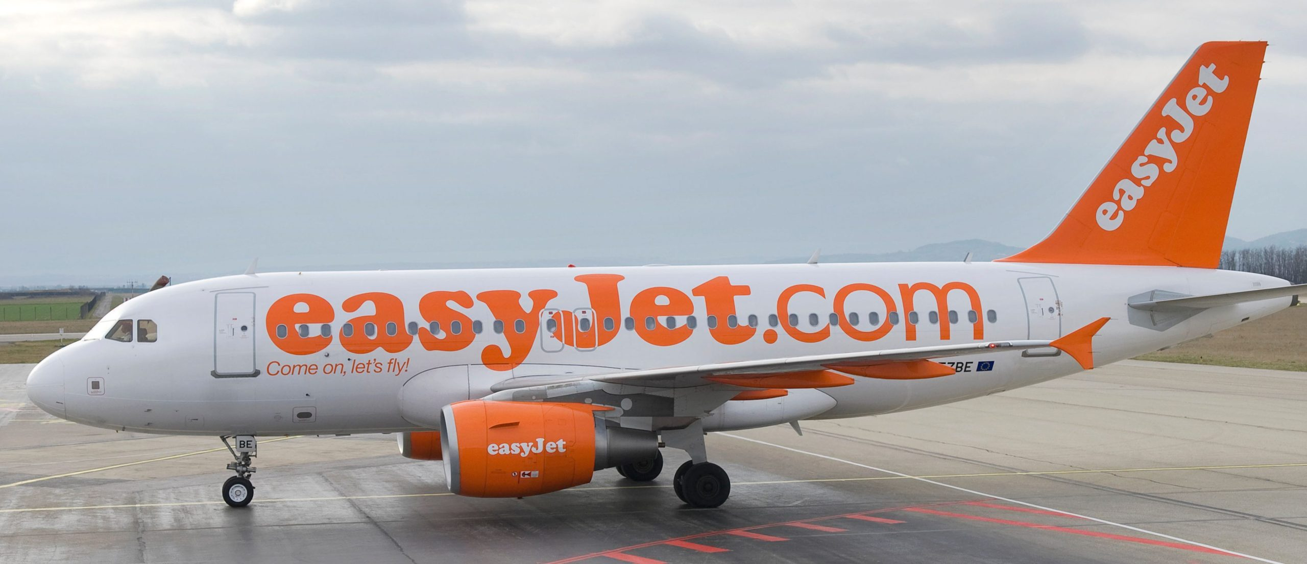 EasyJet Passenger Numbers Plunge